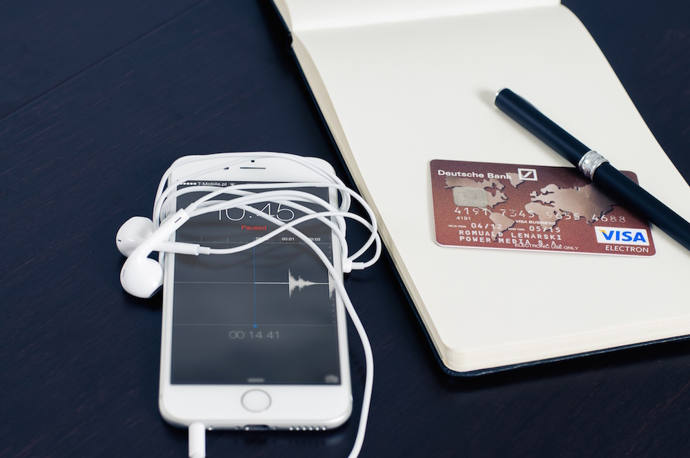 Kevin Roberts Reveals 5 Ways We Avoid Keeping Better Money Habits
