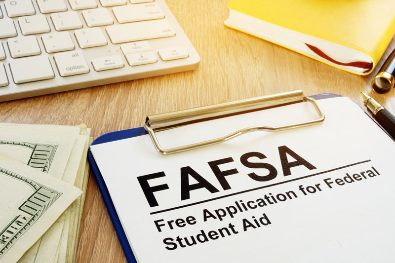 Three FAFSA Tips to Help Louisville Taxpayers Get Their High School Grads Ready for College